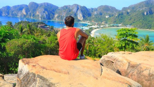 Looking For Stress-Free Traveling During Holiday Season: Hire Travel Planner Now