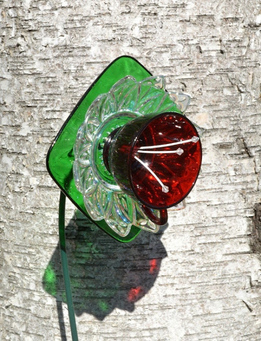 Christmas Vintage Glass Plate Flower Outdoor by NiftyBitsGallery
