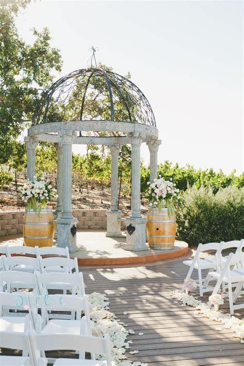 onelove photography   Vineyard Deck   Meritage Wedding