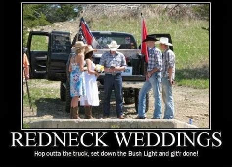 Só Fotos   Just Pictures: Hilarious Redneck Weddings