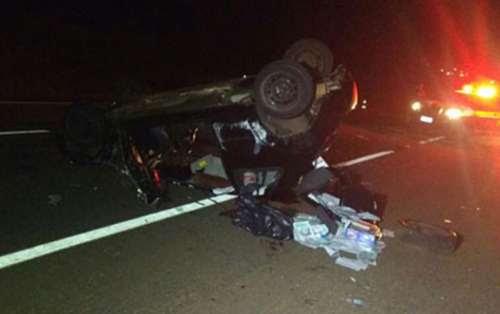 Homem morre ao ser ejetado de carro em capotamento na BR-369