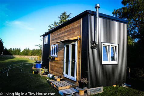 woman builds super spacious dream tiny house