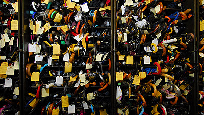 7,000 umbrellas handed in each year