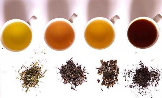 3 Easy Tea Rinses That Help With Hair Loss, Shedding, and Dandruff