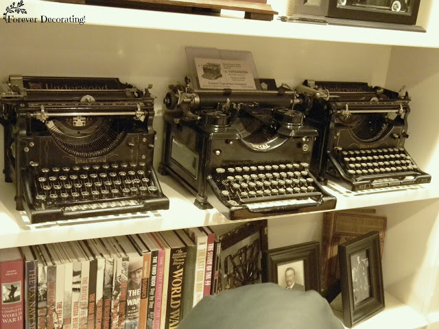 antique typewriters collection TotT8