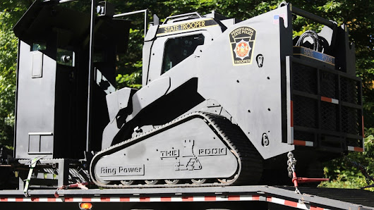 6.5-ton armored vehicle to roll through Pennsylvania woods in hunt for suspected cop killer
