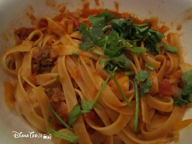 Party Play 05 - Class Italian Fettuccini Beef Bolognaise