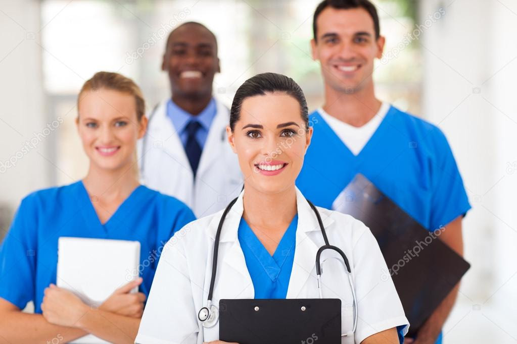 Group of healthcare professionals in hospital — Stock ...