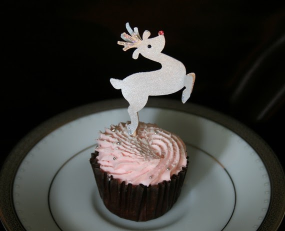 Rudolph the Red-Nosed Reindeer edible cupcake topper on Etsy