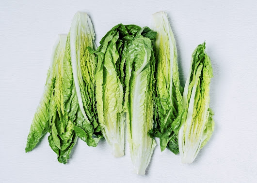 E. coli outbreak possibly tied to romaine lettuce hits 13 states, including Illinois
