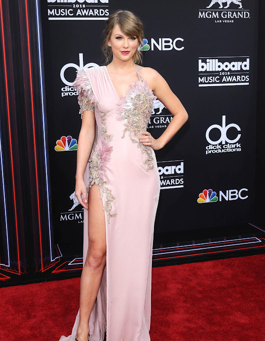 Taylor Swift, star des Billboard Music Awards - Elle