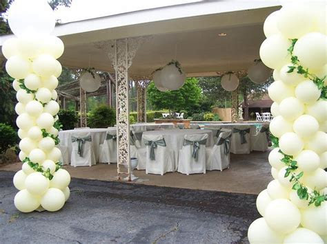 White and Emerald Green Theme Wedding Decoration/ Balloons