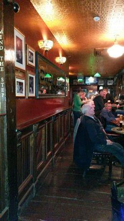 McNeills Pub Sessions, Capel St   Dublin   UPDATED April