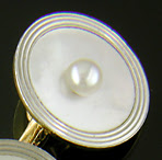 L.E. Garrigus pearl and mother-of-pearl full dress set. (J8964)