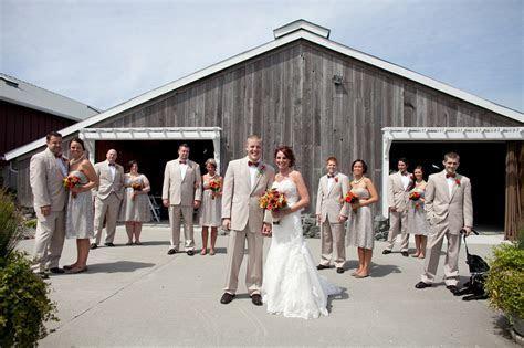 Rustic Barn Wedding In Washington State   Rustic Wedding Chic