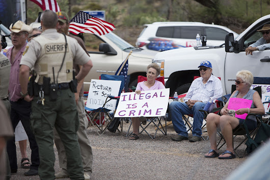 Immigration Reform 2016: Arizona Debates Tough New Law Targeting Undocumented Immigrants