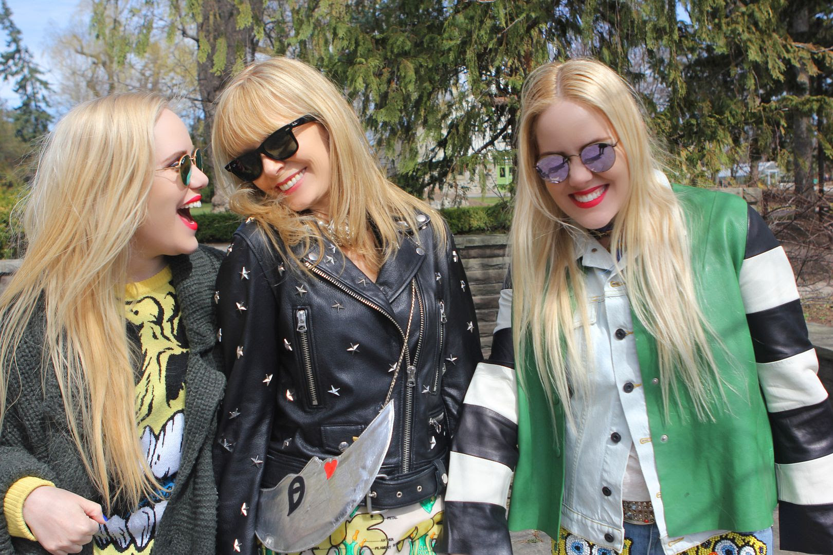 photo itstartedwithmom-beckermans-sisters-twins-streetstyle-momanddaughter-acne-chanel-raybans-sunglasshut_zpsdgywawjw.jpg