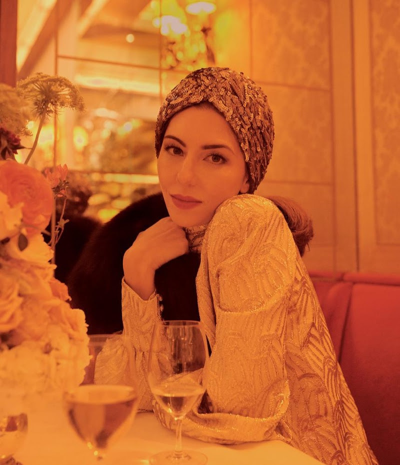 Sofia Coppola poses in Kokin turban, Marc Jacobs dress and Pologeorgis shrug