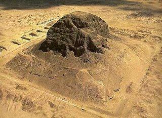The pyramid of Senusret II at El-Lahun