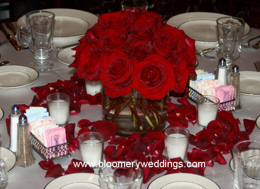 want lowlying red and pink roses surrounded by rose wedding centerpieces
