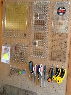 DIY Pegboard Quilting Supply Organizer : use wasted wall space behind door of craft room to store quilting supplies or other crafting supplies.
