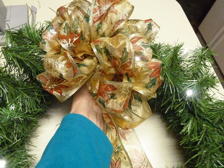 Easy Christmas Bow   Bowdabra Blog