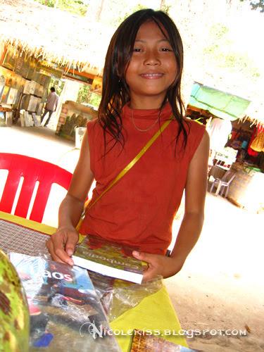 kid selling books