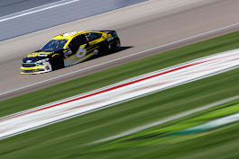Bayne Records 22nd-Place Finish in Chicago |