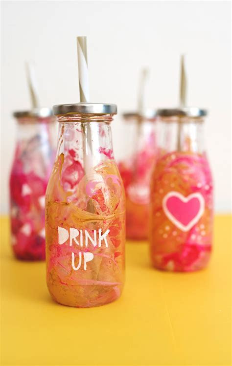 DIY To Go Smoothie Cups ? A Subtle Revelry