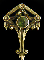 Whiteside & Blank Classic Revival stickpin with peridot. (J9001)