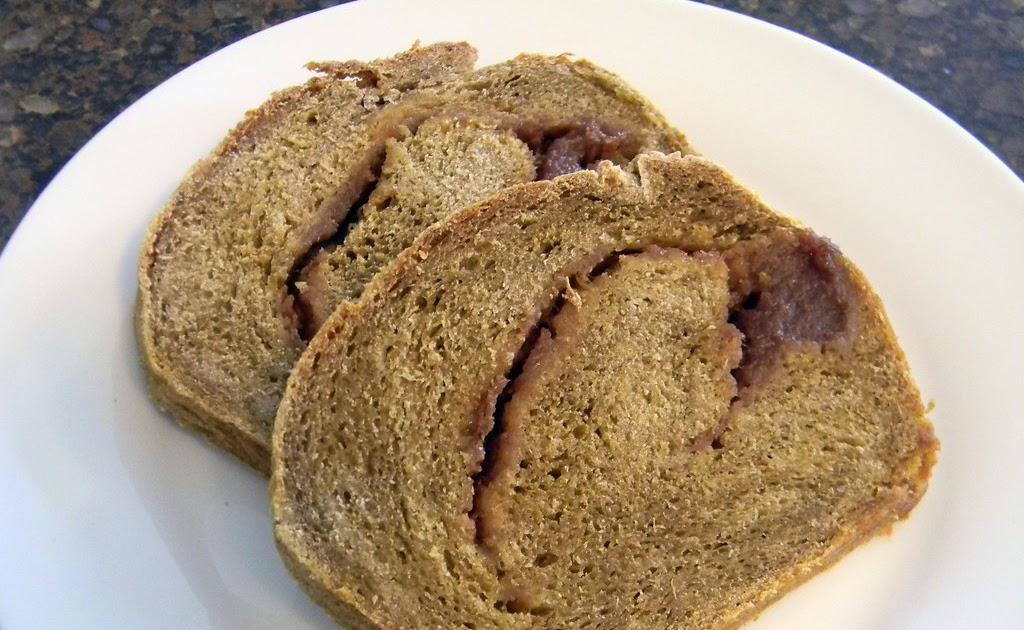Apple - Swirled Pumpkin Yeast Bread #SundaySupper