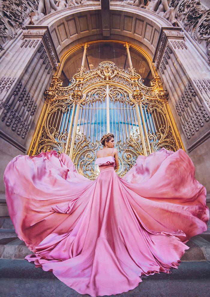 Petit Palais, París, Francia. Modelo: Vera Brezhneva