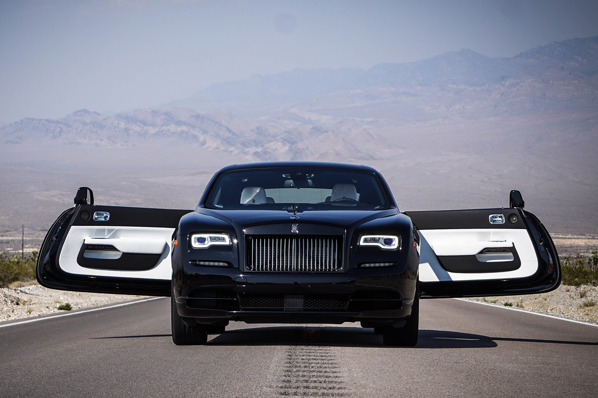 Rolls-Royce Wraith 2017 Review, Specification, and Price