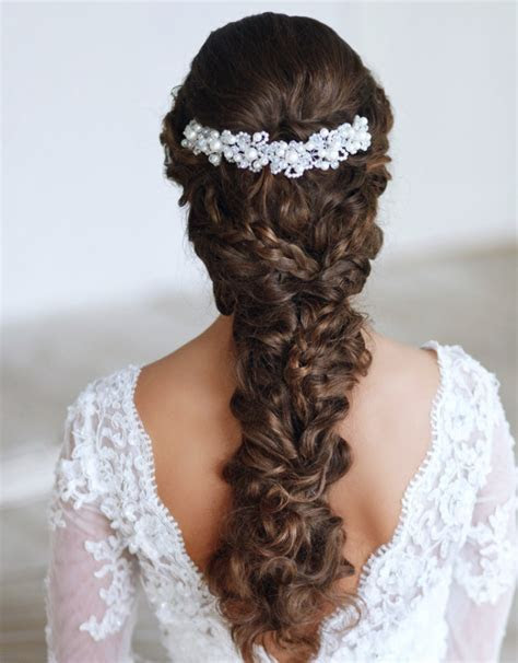 22 Glamorous Wedding Hairstyles for Women   Pretty Designs