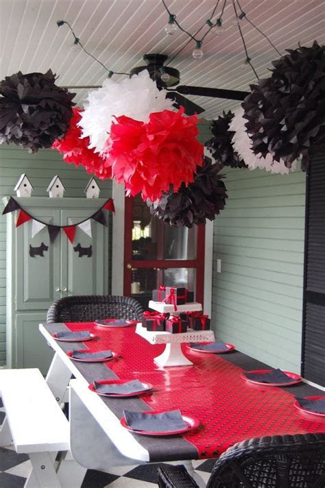 25  best ideas about Black party decorations on Pinterest