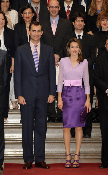 Crown Prince Felipe and Princess Letizia of Spain attend Caja Madrid postgraduate grants ceremony at Real Academia de Bellas Artes on May 22, 2009 in Madrid, Spain.  (Photo by Carlos Alvarez/Getty Images) *** Local Caption *** Prince Felipe;Princess Letizia