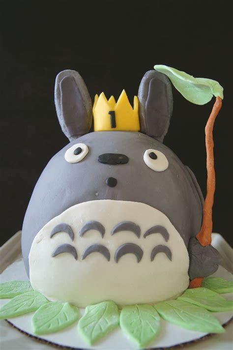 Totoro cake. Studio Ghibli   Totoro   Pinterest   Studios