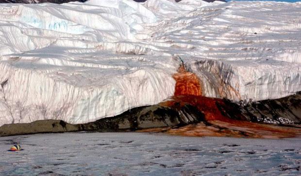 Cataratas de Sangre, Antártida.