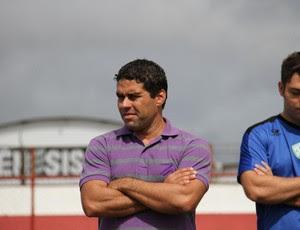 Leandro Sena agora é auxiliar técnico de Roberto Fernandes no América-RN (Foto: Gabriel Peres/Divulgação)