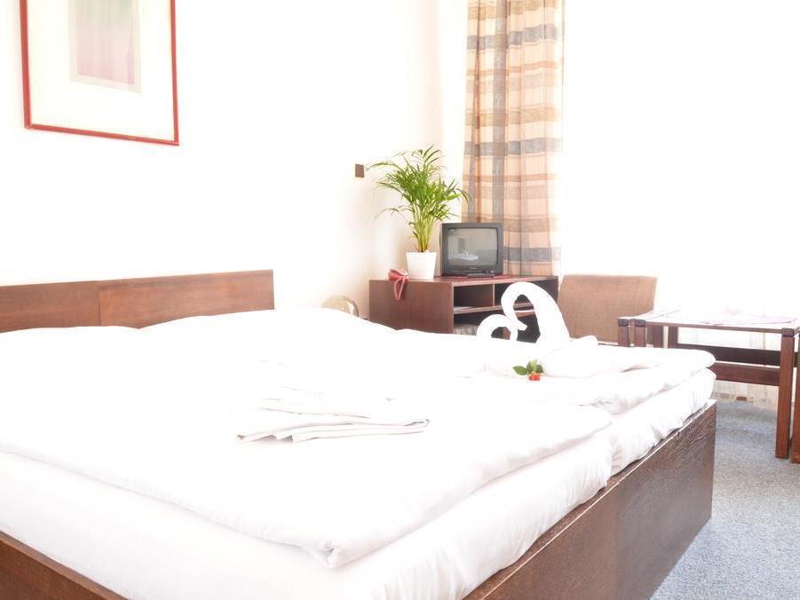 Price Hotel Ostas
