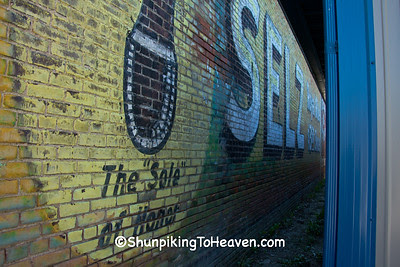Uncovered Selz Royal Blue Shoe Mural, Kahoka Missouri