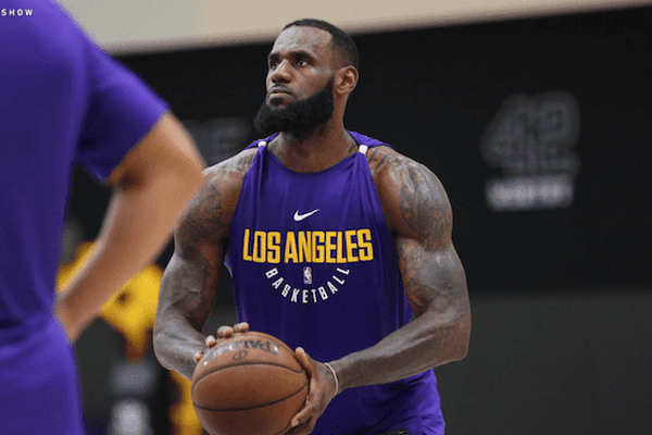 3445811db1e1 Google News - LeBron James dons Lakers uniform for first time - Overview