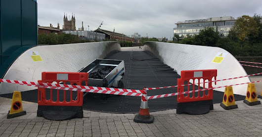 Bridge used by Temple Meads commuters shut after 'lorry driven onto it'
