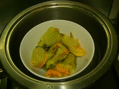 pumpkin flowers stuffed with asian flavoured chicken