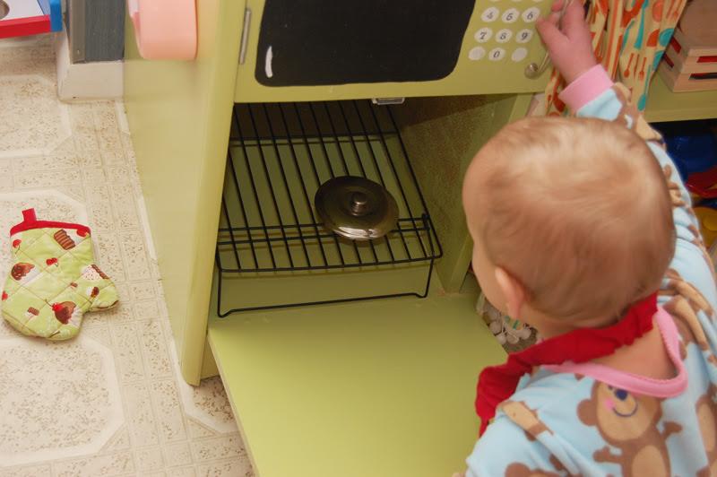 Play Kitchen_9
