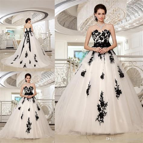 Gracefully Ball Gowns White And Black Wedding Dress