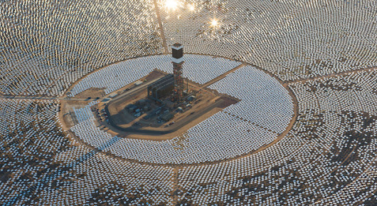 The world's largest solar thermal power plant is incinerating thousands of local birds