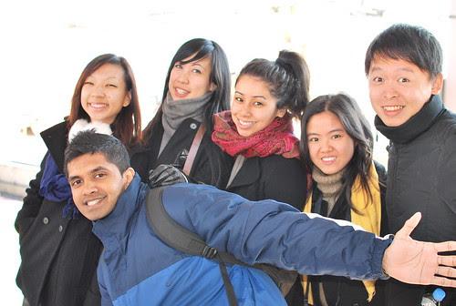 group-photo-osaka-subway