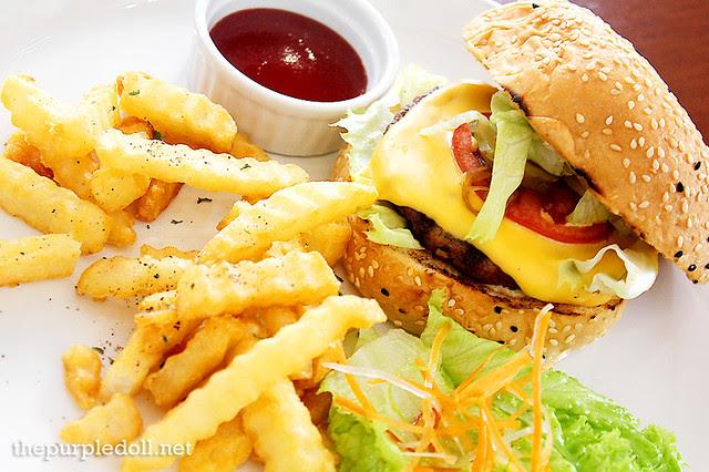 Antonella Burger (P195)