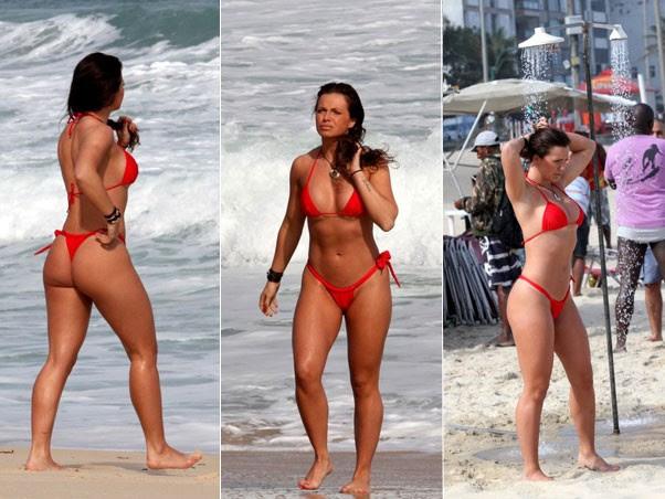 Veridiana Freitas em 2011, em praia do Rio (Foto: Wallace Barbosa/Agnews)
